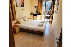 Monthly Apartment Rentals: Banderitsa Complex A01- 1 bed apartment